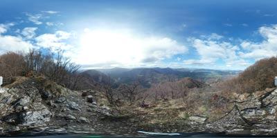 Veliko Kozje se nahaja visoko nad reko Savinjo nasproti Kopitnika. Zelo lepo se vidi Kum in proti Gozniku, Maliču, Šmohorju, Mrzlici in Čemšeniški planini.