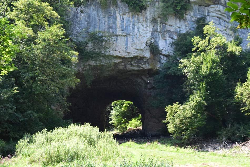 Veliki naravni most v Rakovem Škocjanu.