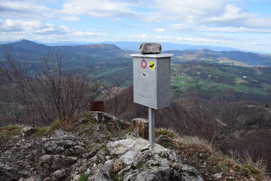 Po Sloveniji je veliko cerkva, a sveta Marjeta v Žlebehje še posebej povezana z legendo o zmaju.