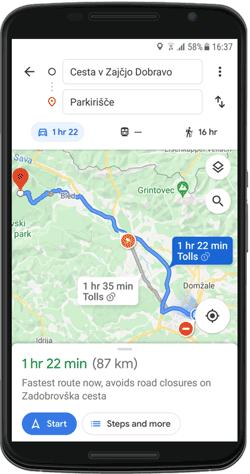 Cestna navigacija na podlagi aplikacije Google Maps.