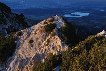 Iz Kepe se odpre eden lepših pogledov na avstrijsko Koroško in vzhodne Julijce.