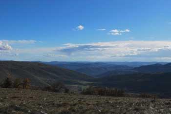 Kuk je v Koprskih brdih. Nanj vodi krožna pot preko Lačne in je lahek izlet v naravi.