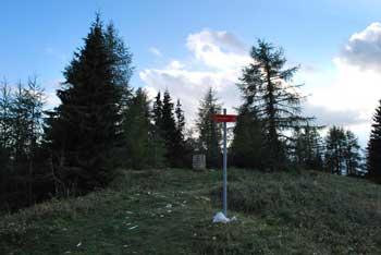 Na Malo Peco, manjšo sestro bolj znane legendarne gore, gremo iskat tišino.