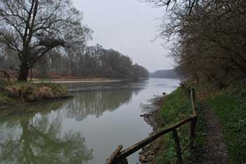 Razkriški kot je poleg Bukovniškega jezera zagotovo najbolj znano območje izvirov pozitivnih zemeljskih energij.