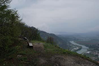 Na Svinjskemu rtu se odpre eden izmed lepših razgledov na reko Savo v Posavskem hribovju.