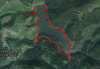 K Gradiškemu jezeru se zapeljemo s pomočjo gps sledi.