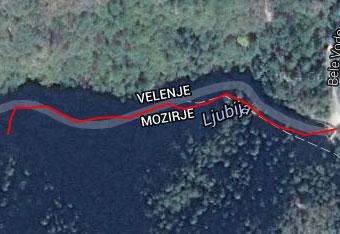 Od glavne ceste vodi do izvira Ljubije kratek sprehod, ki ne terja gps tracka.