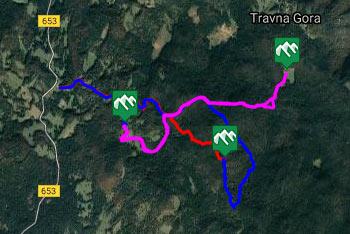 GPS sled prikazuje pot na Kalični vrh in na Kamni grič od Doma na Travni Gori in od regionalne ceste, ki povezuje Sodražico s Loškim potokom.