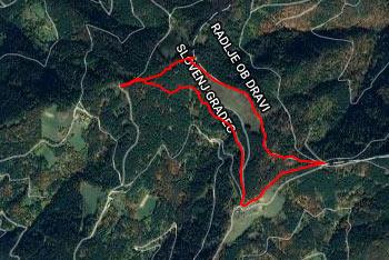 Planinci gredo preko Kremžarjevega vrha na Pohorje in naprej proti Veliki Kopi in Črnemu vrhu.