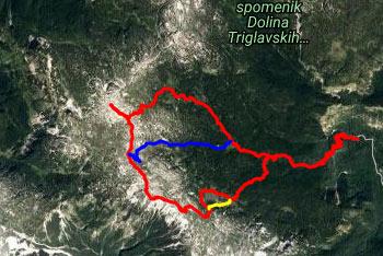Do planine Govnjač nas pripelje mulatjera, ki so jo postavili Avstro-Ogrski vojaki, ko so gradili vojaško taborišče v zaledju krnskih bojišč.