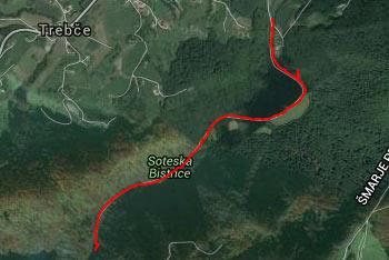 Orientacija po soteski reke Bistrice je lahka, saj ves čas sledimo makadamski cesti.