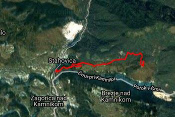 Pot na Svetega Primoža nad Kamnikom se prične v Stahovici, orientacija pa je zelo preprosta.
