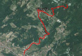 GPS sled nas vodi do Vitovskega jezera.