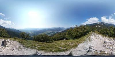 Ajdna je najbolj znano arheološko najdišče v Sloveniji, ki se ponaša z izvrstno lego na razgledni in prepadni skali v zahodnem pogorju Karavank.