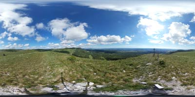 Kavčič je izvrsten razglednik s katerega se odpre razgled preko vse Istre.
