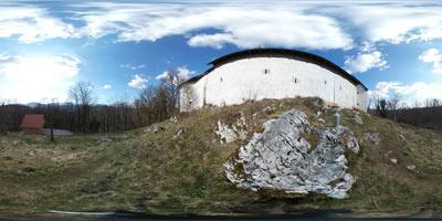 Protiturški tabor Cerovo se nahaja na griču blizu Grosupljega, kjer so imeli Rimljani trdnjavo. Po koncu turških vpadov so z njem upravljali grofje s Turjaka.