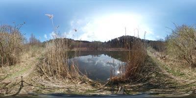 Ribniki doline Drage so niz prelepih ribnikov, ki so nastali v 18. stoletju. Danes so zavarovani saj v njih živi veliko število ogroženih živalskih vrst.