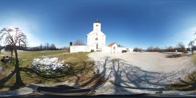 Sveta Marjeta na Golem je velika romarska cerkev na obrobju Krimskega hribovja. Pri njej se odpre razgled zlasti proti južnim predelom Dolenjske.