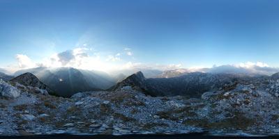 Velika Baba je razgledna gora na katero vodi markirana pot iz Lepene. Z nje se vidi Krnsko jezero pa tudi osrednji vrhovi okoli Triglava in ostali Julijci.