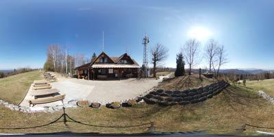 Žagarski vrh radi obiščejo tako kolesarji kot tudi motoristi, saj se na njem nahaja Dom radioamaterjev.